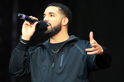 Рэпер Drake представит неизданную песню Майкла Джексона с звуком умершего певца