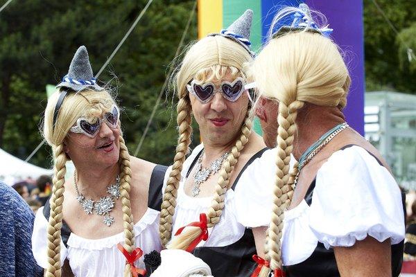 Парад ЛГБТКИА+ в Вене