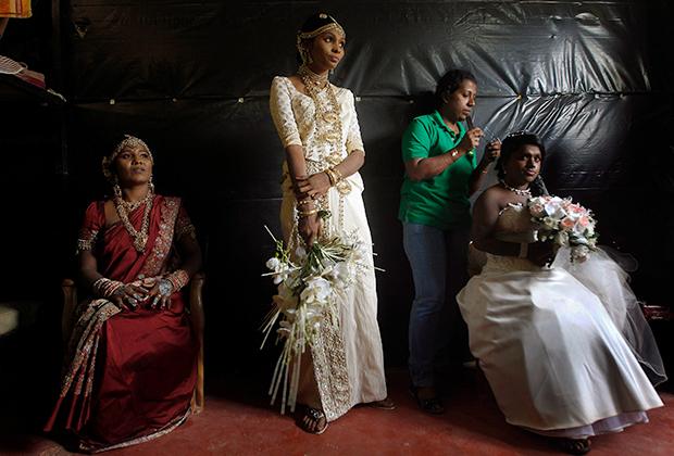 Бывшие бойцы из женских отрядов тамильских «Тигров»