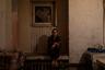 Галина живет в казармах с рождения, сейчас одна воспитывает двух детей и ютится с ними в десятиметровой комнате. Ее мать работала на фабрике и умерла вскоре после развала СССР.