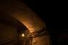 В коридорах домов застыли паутины оголенных проводов и раскуроченные счетчики, напоминающие интерьеры космических кораблей из фантастических фильмов.