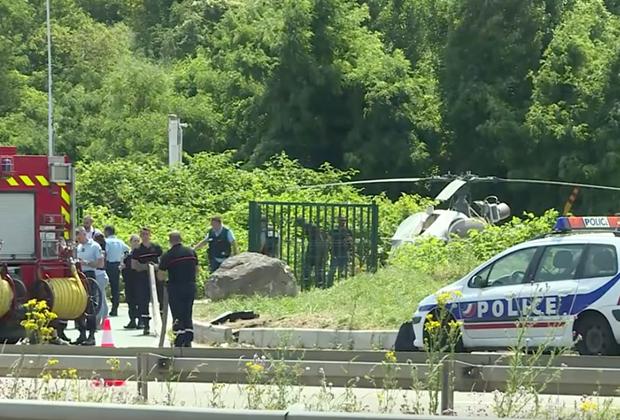 Вертолет нашли подожженным в Гарж-ле-Гонессе, к северу от Парижа