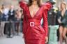 Королева уличного стиля итальянский блогер Патрисия Мэнсфилд обожает Saint Laurent и Vetements, а создание своего облика доверяет бойфренду Джотто Календоли. На Парижской неделе моды Джотто не допустил ни одного прокола.