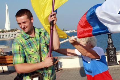 Захарова предложила Порошенко открыть консульство вСевастополе, чтобы поднять там флаг