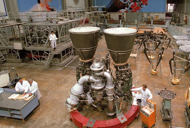 Сборочный цех ракетных двигателей серии РД-180 в НПО «Энергомаш»