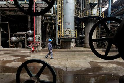 Нефтяным ценам предсказали скачок до150 долларов забаррель