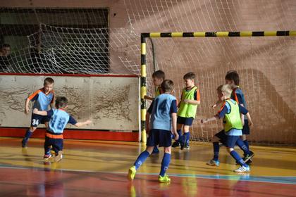 Юных футболистов из Мурманска и Красноярска отправят на стажировку в «Челси»