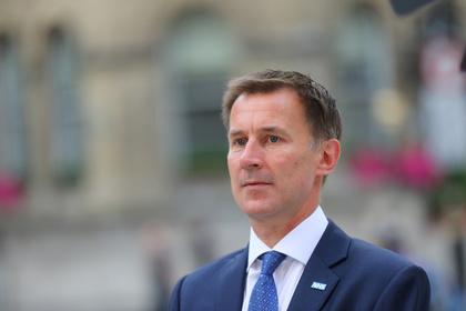 Внешнюю политику Великобритании доверили министру здравоохранения