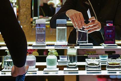 Минздрав поддержал идею акциза наэтиловый спирт для производства парфюмерии