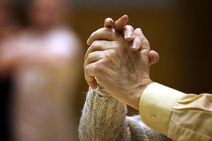 Беседа британца с бездомной старушкой обнажила наплевательское отношение властей