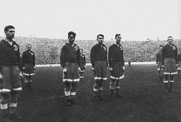 13 ноября 1945 года. Лондон, стадион «Стэмфорд Бридж».