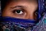 «Я больше не желаю прятаться», — заявляет Х., одна из переживших насилие.  <br><br> С ней согласна и 13-летняя А., отдавшая свою дочь в другую семью. «Я хочу справедливости», — говорит она.
