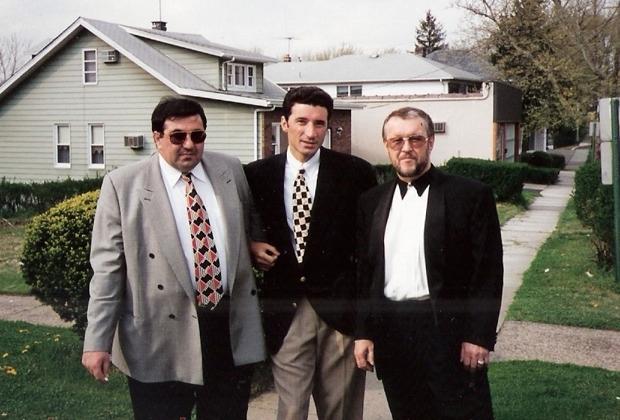 Слева направо: Мушег Азатян (Миша Питерский), Нодар Фаризян (Ноно), Вячеслав Иваньков (Япончик) в США