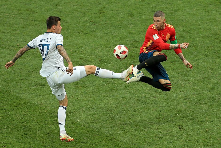 Федор Смолов — одно из главных разочарований в прекрасной сборной России. Против него выступили тысячи болельщиков из-за пижонского пенальти в серии с Хорватией. Зато в победной игре со сборной Испании он в послематчевой серии реализовал удар, забив свой единственный гол на этом чемпионате.