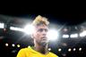Неймар менял прически чаще, чем забивал. Два гола и три варианта стрижки — явно не этого ждали болельщики сборной Бразилии от своей главной звезды. В итоге форвард больше запомнился бесконечными падениями, за которые его много критиковали. Привести пентакампеонов к шестому титулу он не смог во второй раз: в плей-офф бразильцы проиграли Бельгии.