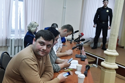 Петр Офицеров в суде