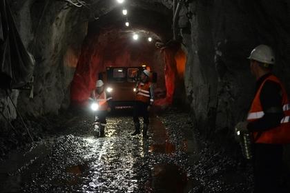 Сотня горняков под Луганском оказалась заблокирована в обесточенной шахте