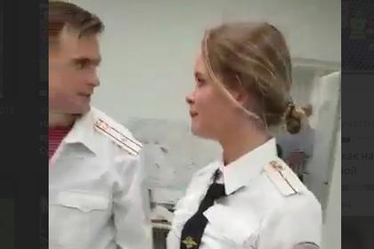Допрос Pussy Riot полицией попал на видео
