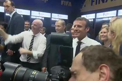 Французы отметили победу на чемпионате мира кричалкой «Путин, хэй»