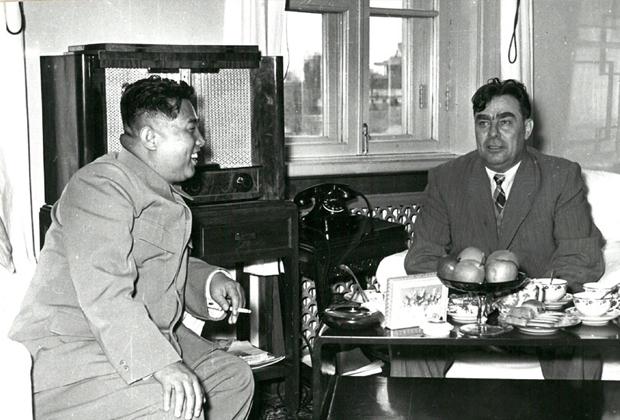Ким Ир Сен и Леонид Брежнев, 1956 год