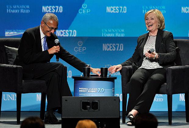 Джон Подеста и Хиллари Клинтон