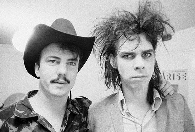 Участники группы The Birthday Party Ник Кейв и Трейси Пью. Лондонский район Килбурн, 1982 год