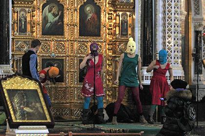 Россию обязали заплатить Pussy Riot за дело о панк-молебне