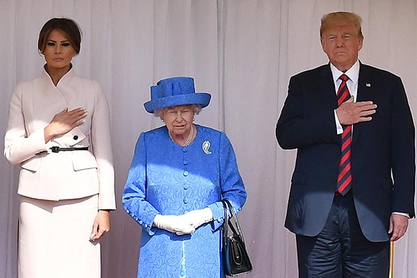 Мелания Трамп, Елизавета II и Дональд Трамп