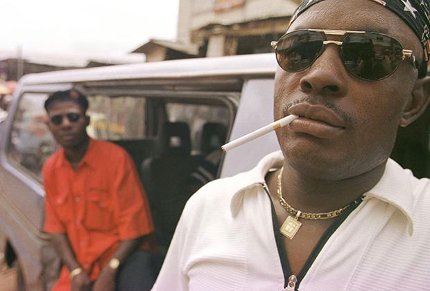 Бойцы банды «Парни из Бакасси», 2002 год