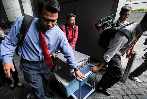 Обыски в офисах 1 Malaysia Development Berhad в Куала-Лумпуре, лето 2015-го