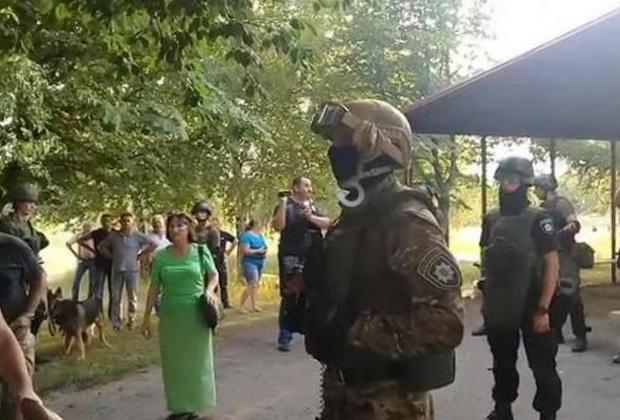 https://icdn.lenta.ru/images/2018/07/17/18/20180717182702734/pic_d0396a497f072388e6fb937b30439b16.jpg