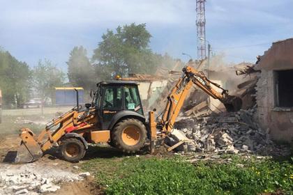 Десять аварийных построек ликвидируют до конца года в Подмосковье