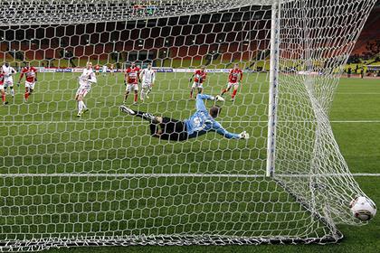 Российская футбольная премьер-лига перестала быть футбольной