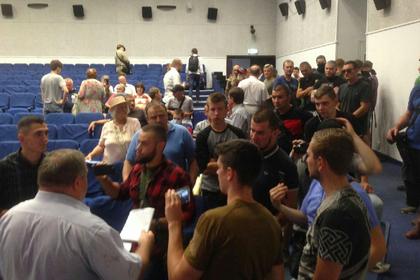 Украинские радикалы разогнали собрание «патриотических сил»