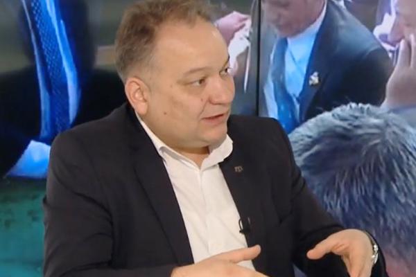 Искандер Бариев