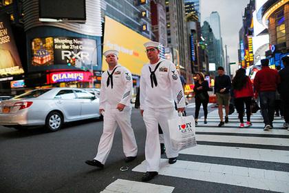 Американские моряки посмотрели на женщин и захотели носить бороды
