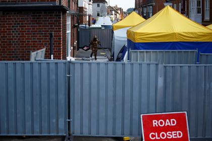 Британцы пустились на поиски «Новичка» в общественных туалетах