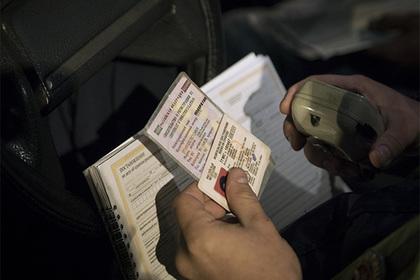 Россиян с долгами по алиментам оставят без водительских прав