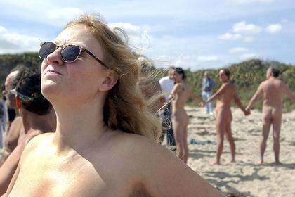 Птицы оказались для бельгийских властей важнее нудистов