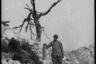 Портрет артиллериста с вражеским снарядом.