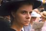 Венгр Ласло Немеш громко заявил о себе уже первым фильмом — призером Канн и лауреатом «Оскара», концлагерной драмой «Сын Саула». В своей новой работе Немеш вновь черпает драму в историческом материале — панораме жизни высшего света Будапешта перед началом Первой мировой войны. Исполнившая небольшую роль в «Сыне Саула» Жюли Якаб в «Закате» играет девушку, которая приезжает в будущую столицу Венгрии, чтобы стать швеей, и случайно выясняет, что у нее есть брат, о котором она никогда не знала.