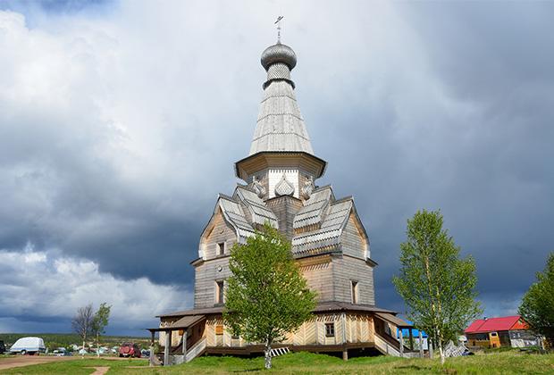 Церковь Успения Пресвятой Богородицы, Варзуга