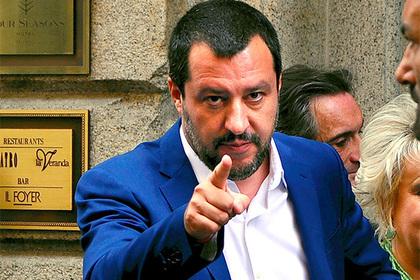Итальянцы обнаружили «сатану» в новом правительстве
