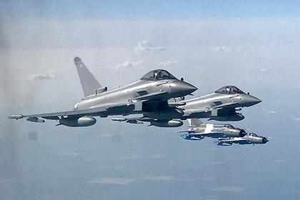 Британские военные самолеты подняли в воздух из-за российского бомбардировщика