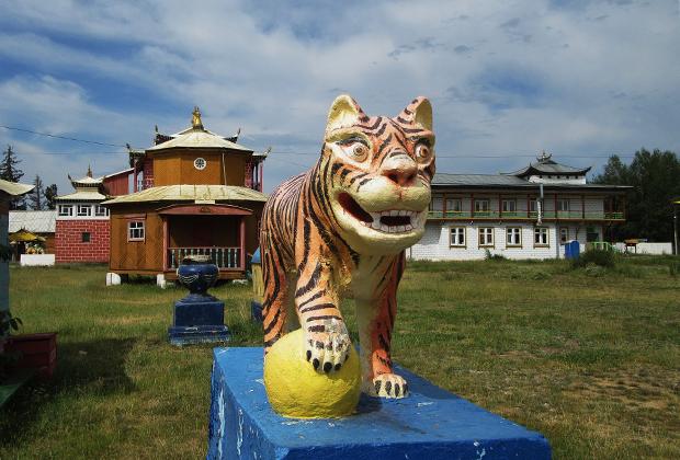 Иволгинский дацан «Хамбын Сумэ»— место пребывания нетленного тела Хамбо-ламы Даши-Доржо Итигэлова