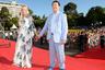 Иосиф Кобзон с супругой Нелли на церемонии закрытия 27-го Открытого российского кинофестиваля «Кинотавр» в Сочи. 2016 год.