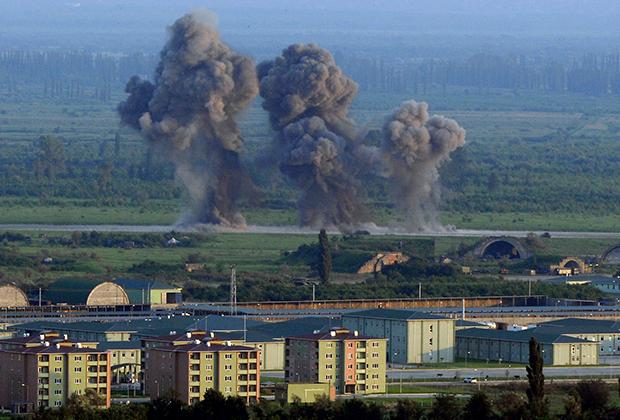 Удар российской авиации по грузинской военной базе. Август 2008 года