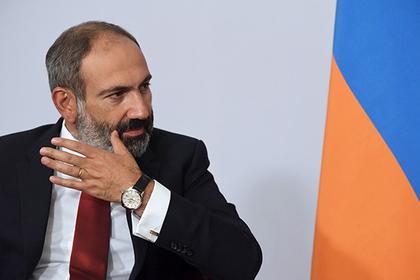 Пашинян рассказал об условиях встречи с Алиевым