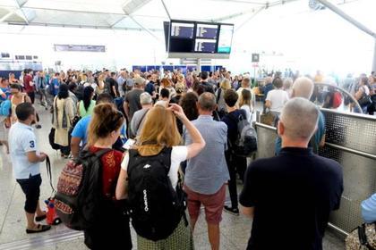 Погодные аномалии оставили британцев без отпуска