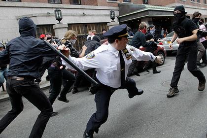 Американских полицейских уличили в тайном расизме